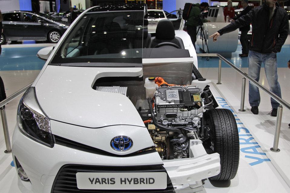 Toyota-Hibrido-2